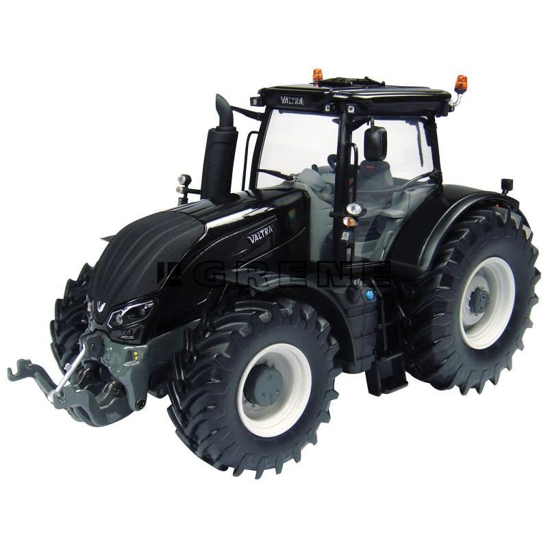 Valtra model traktor